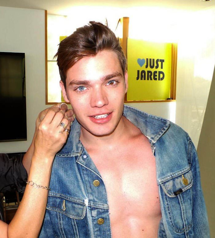 Dominic Sherwood Shirtless